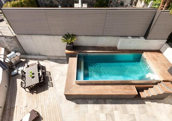 La piscine hors-sol en bois, un rêve accessible