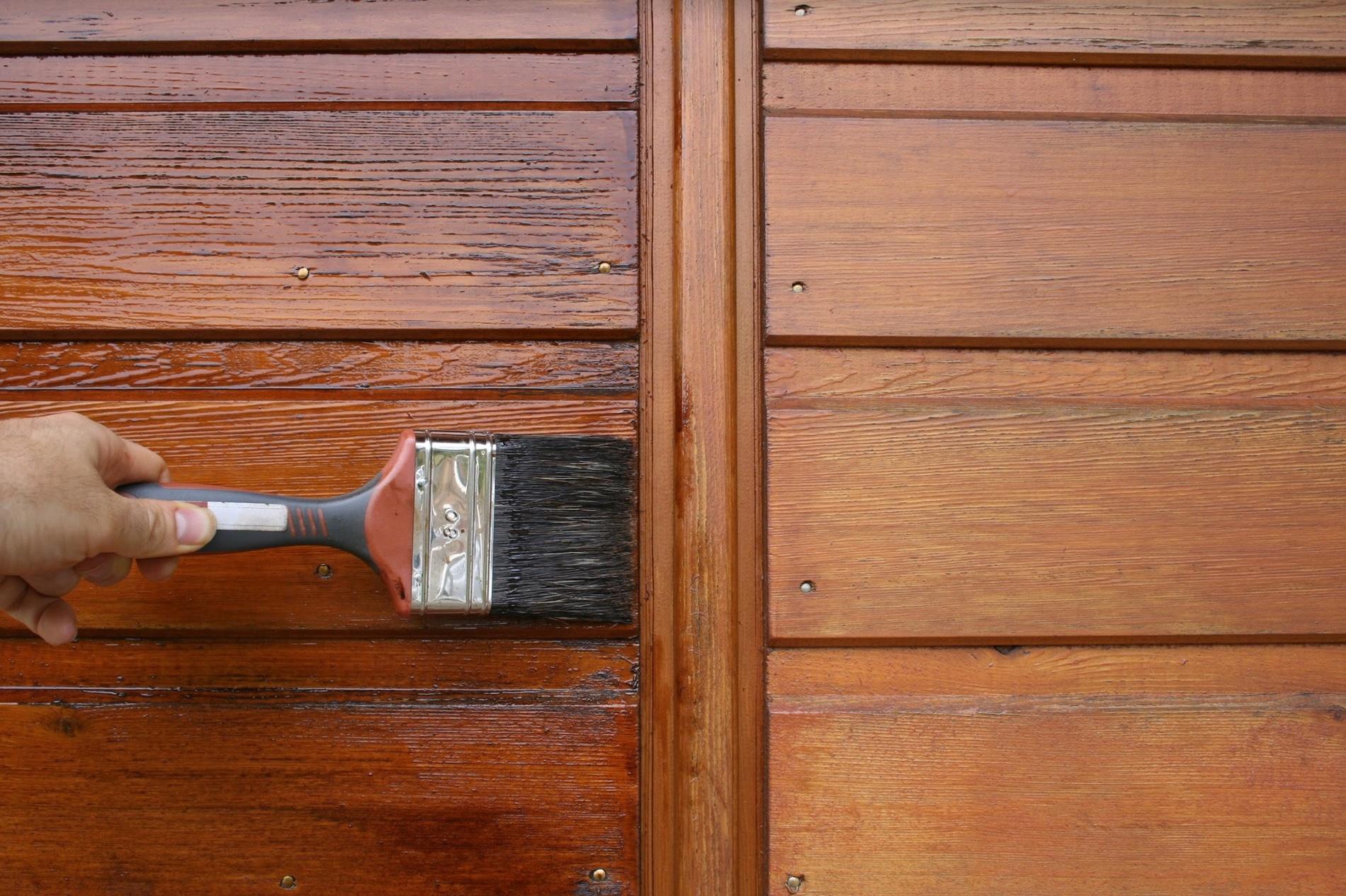 Bardage bois : Comment appliquer une lasure ?