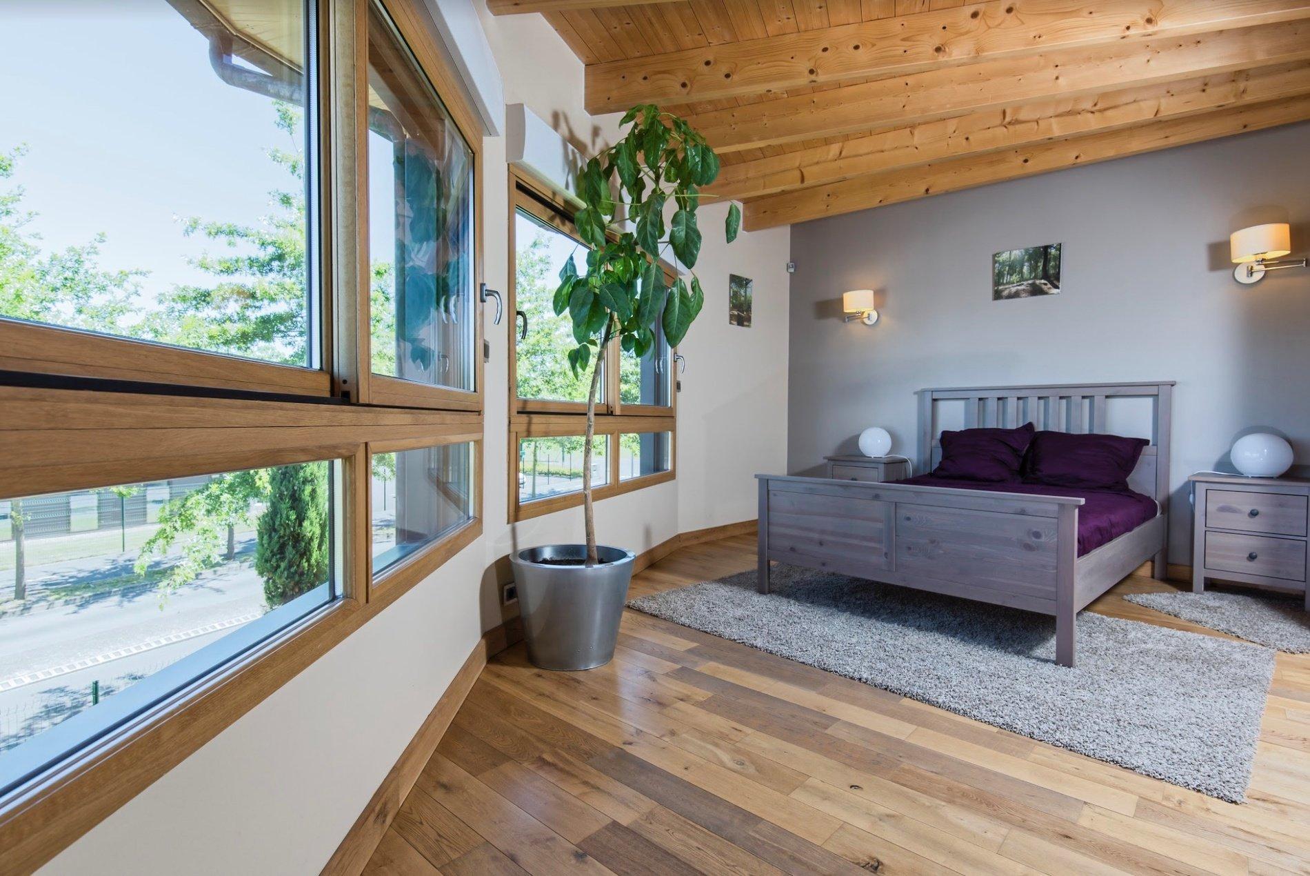 Avec le bois, chacun son style de fenêtres