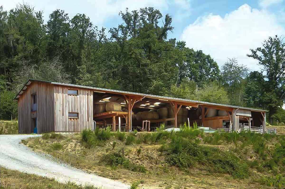 À Vidaillat dans la Creuse, un bâtiment polyvalent pour un GAEC aux multiples activités