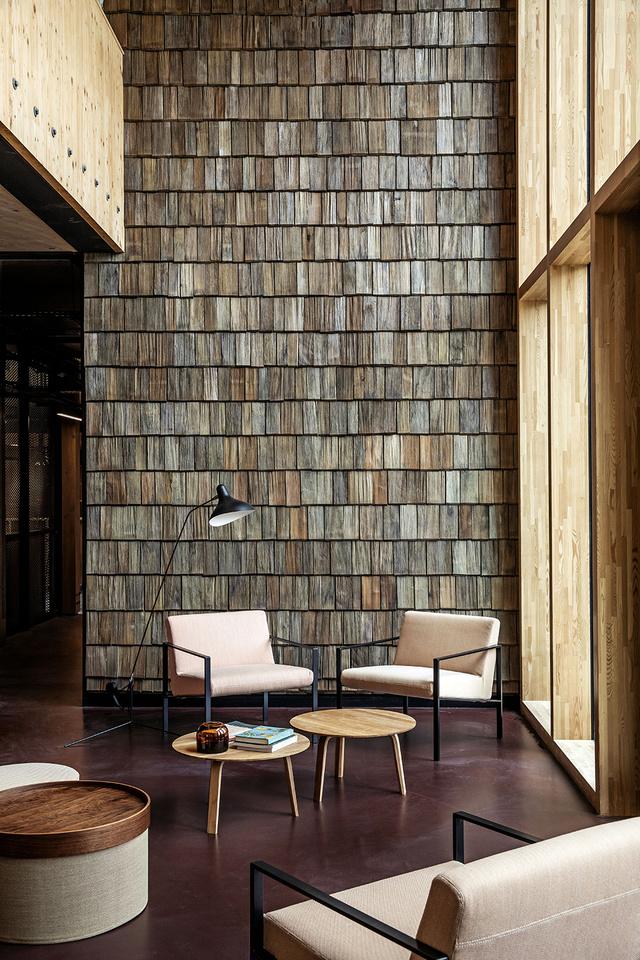 Paroles d'architectes : le choix du bois dans l'aménagement intérieur vu par Anne-Cécile Comar et Philippe Croisier