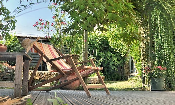 terrasse bois transat tissu